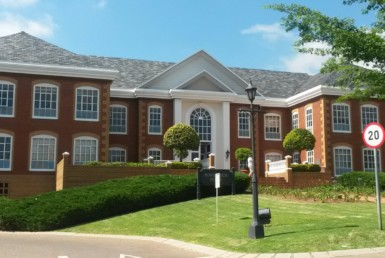 Office-to-rent-bryanston-johannesburg-commercial-rooted-properties-to-rent-office-bryanston