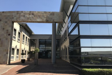 offices-to-let-in-roodepoort-strubensvalley-commercialproperty-johannesburg-roodepoort-sandton-illovo-hydepark-fourways-forrent-tolet-clearwaterofficepark-clearwater-shoppingcentre-16