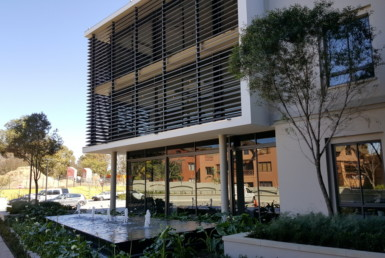 rooted-properties-office-offices-tolet-forrent-monte-circle- monte-casino-offices-fourways-offices-commercial-property-johannesburg-northernsuburbs-0100010