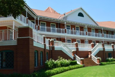 rooted-properties-the-oval-office-park-offices-tolet-forrent-bryanston-meadowbrooklane-sloanestreet-epsomdowns-commercialproperty00007