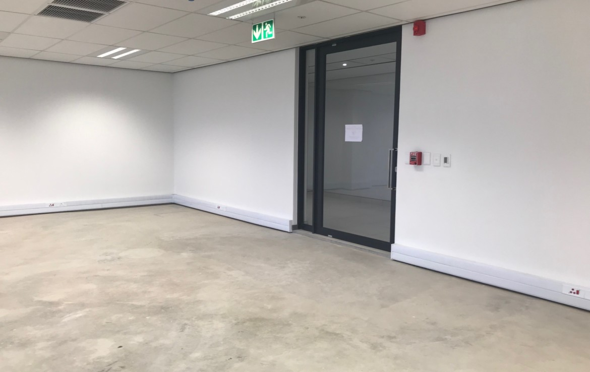 rooted-properties-illovo-point-sandton-offices-forsale-tolet-forrent-27 Rivonia Road-commercialproperty-retailproperty00009