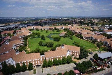 rooted-properties-offices-tolet-forrent-fourways-golf-park-commercial-property-top-best-property-broker-realestateagent0012