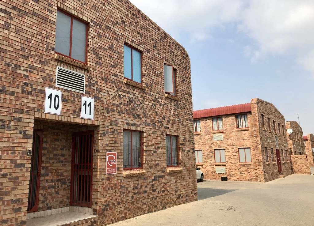 rooted-properties-Warehouse-for-Sale-in-Kya-Sands-industrial-property-randburg 0009