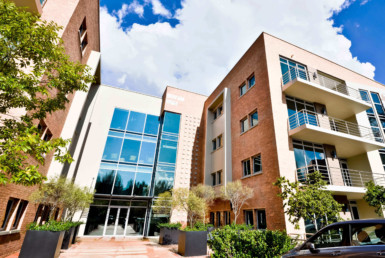 rooted-properties-ballyoaksofficepark-bryanston-forrent-offices-tolet-sandton-commercialproperty0001
