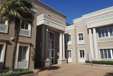 2frickerroad-illovo-rooted-properties-sandton-office-tolet-forrent00006