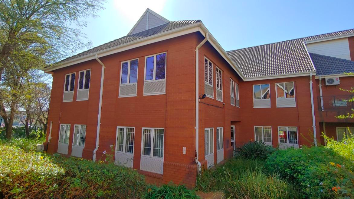 rooted-properties-commercial-Offices-for sale-13 Bruton rd-bryanston-Sandton110