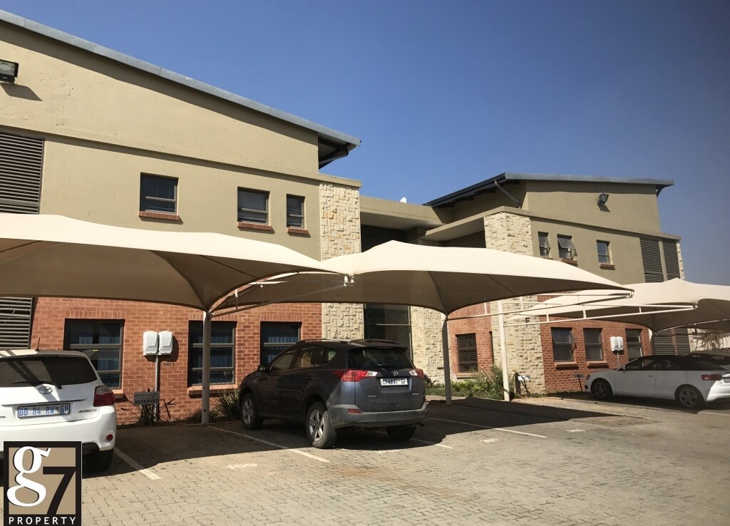 Offices to let in Ruimsig Rooted Properties 3