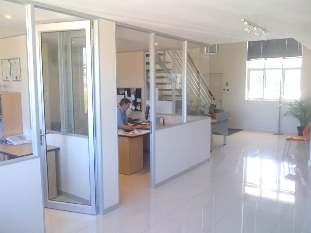 rooted-properties-palmyra-junction-shoppingcentre-shop-oddice-tolet-forrent-claremont-capetown-retail-commercial-property00002