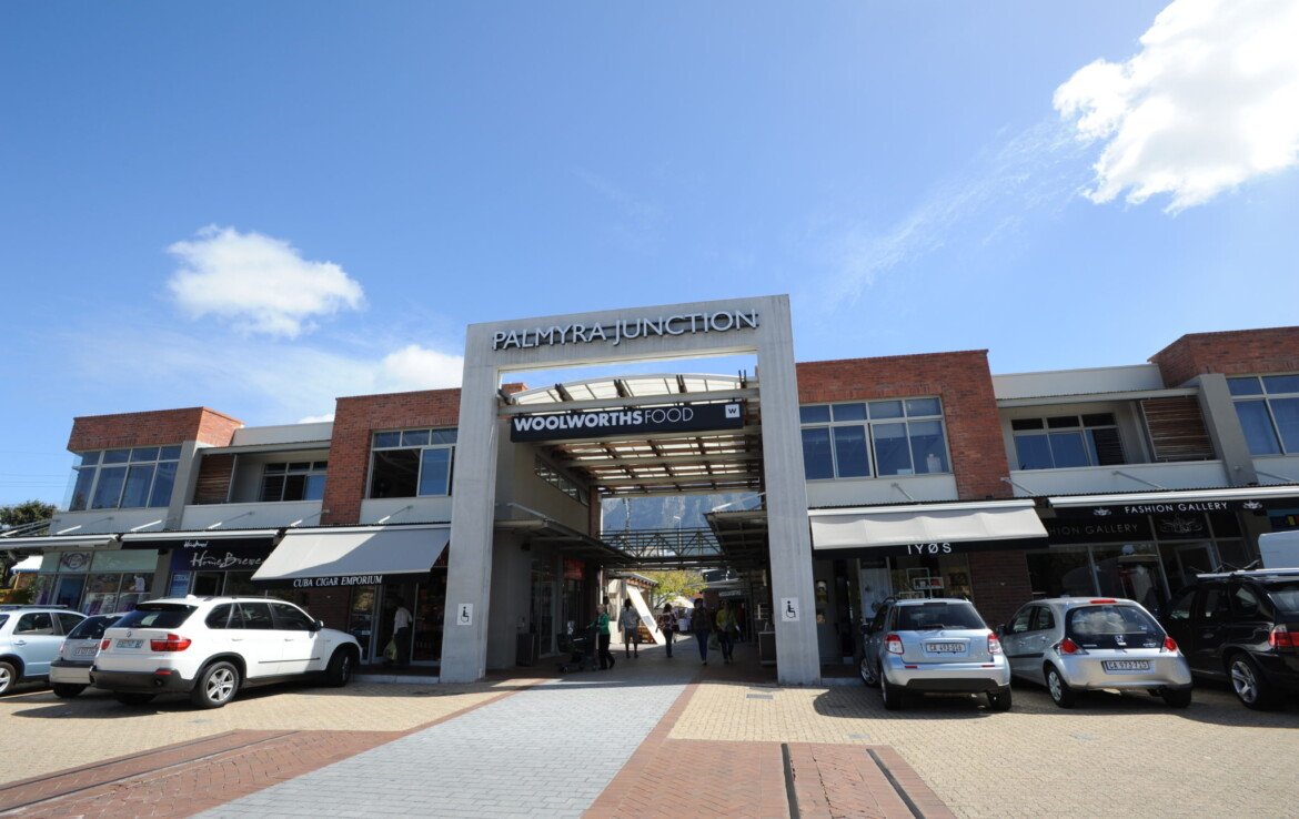 rooted-properties-palmyra-junction-shoppingcentre-shop-oddice-tolet-forrent-claremont-capetown-retail-commercial-property00004