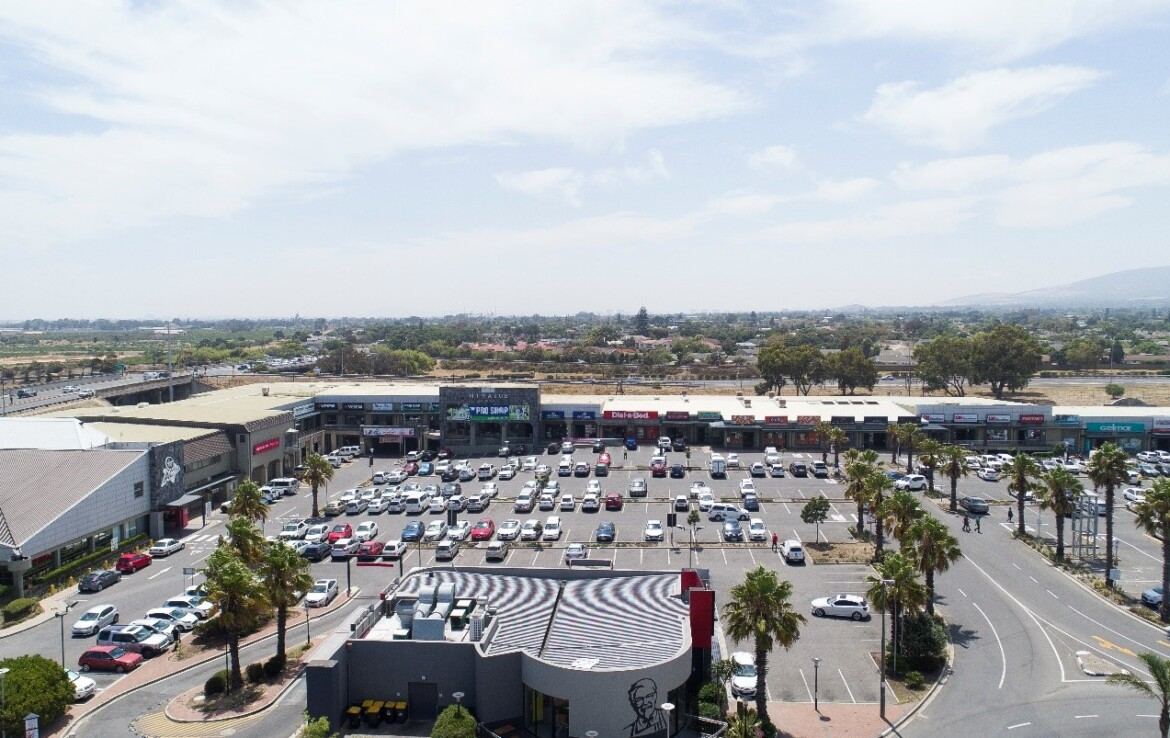 rooted-properties-shop-retail-tolet-forrent-n1valuecentre-goodwood-capetown-commercialproperty00004