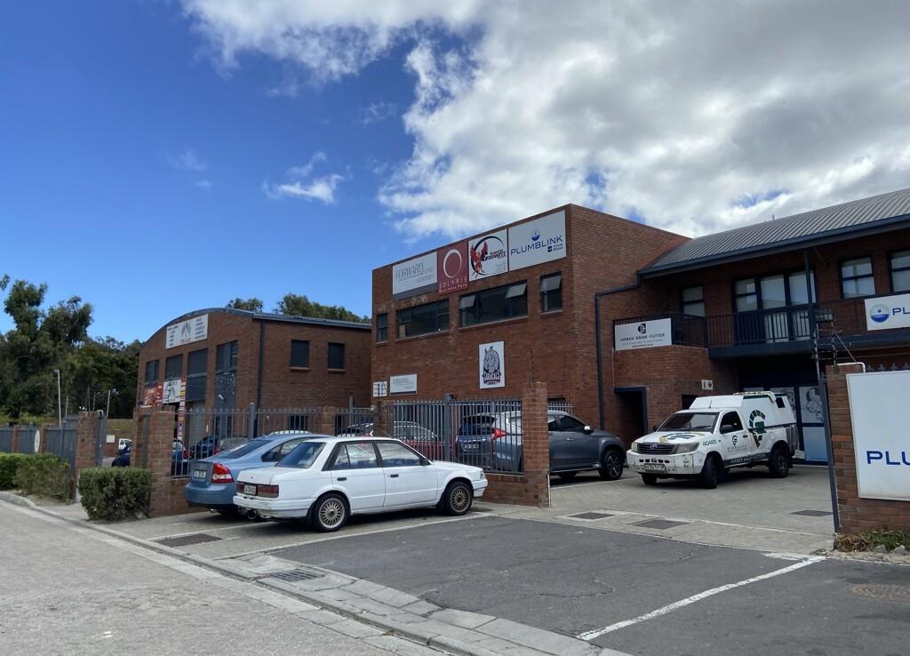 rooted-properties-warehouse-tolet-forrent-capetown-industrial-sunnydale-noordhoek-solaris-best-top-commercial-property-brokers-CPT10