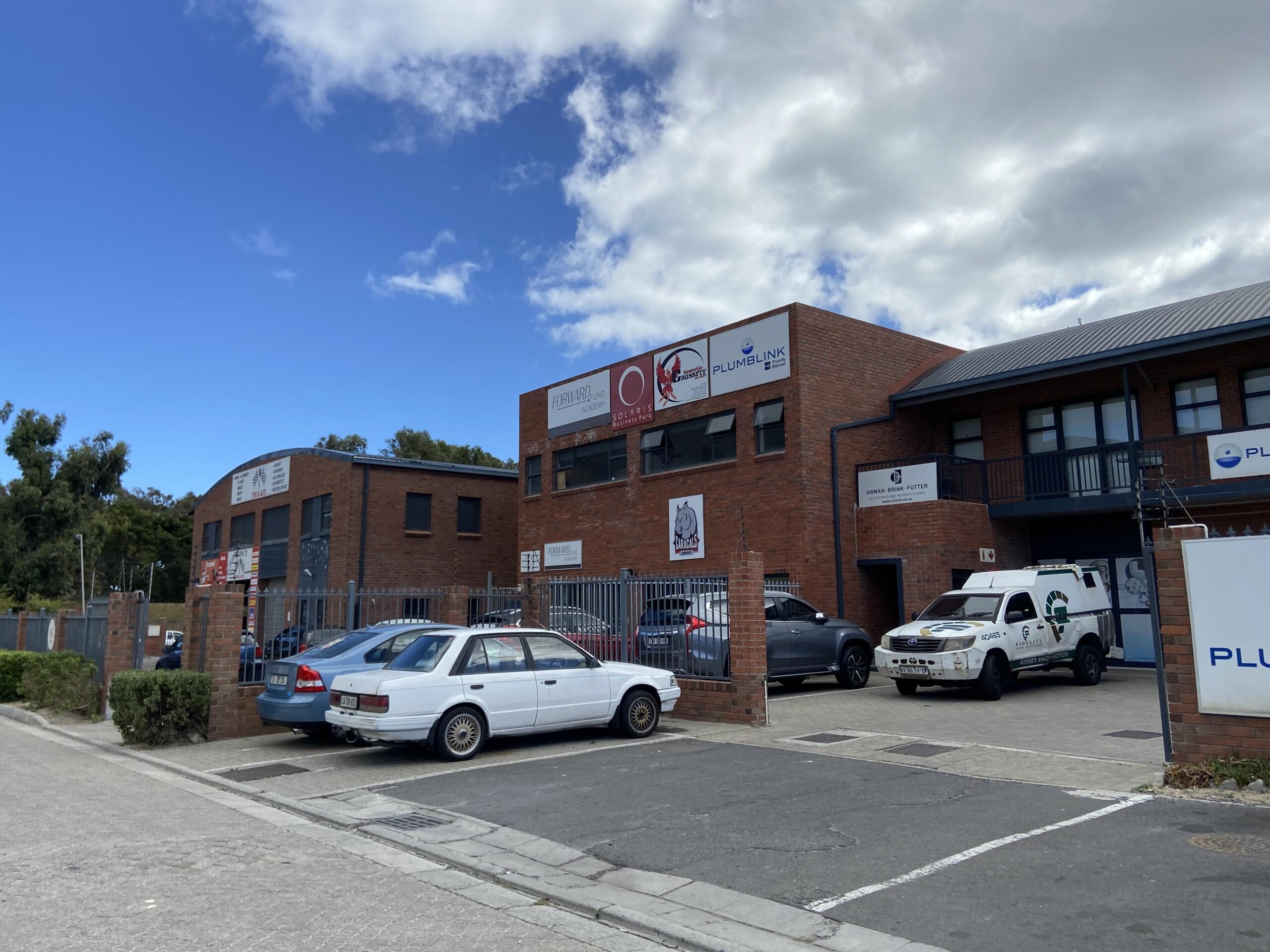 rooted-properties-warehouse-tolet-forrent-capetown-industrial-sunnydale-noordhoek-solaris-best-top-commercial-property-brokers-CPT16