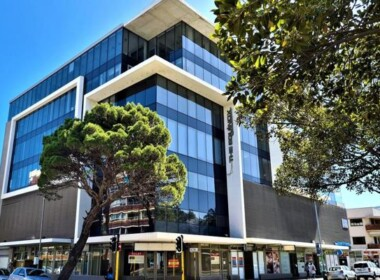 rooted-properties-offices-tolet-forrent-seapoint-capetown-cpt-theequinox-156mainroad-commercialproperty-top-best-propertybroker-realestateagent00003