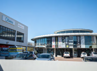 rooted-properties-shop-retail-tolet-forrent-capetown-durbanville-northernsuburbs-commercial-property-best-top-property-broker-capegatedecor-centre00001